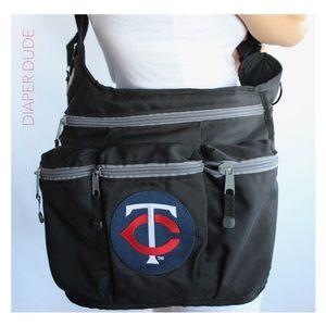 Diaper Dude Shoulder Messenger Bag Minnesota Twins